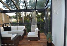 Myytävät asunnot, Satulasepäntie 6, Helsinki #oikotieasunnot Porch Swing, Helsinki, Outdoor Furniture, Outdoor Decor, Exterior, Patio, Home Decor, Decks, Homemade Home Decor