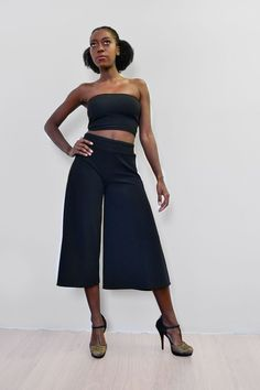 **Comes with a free bandeau**   These side slit culottes take on a relaxed silhouette for the new season, with sports tailoring setting the trends right now wide leg pants are the one's to watch.Wear as a dramatic day time look or tone down with a crop top and go for an androgynous look with some trendy takkies. Made in South Africa Androgynous Look, Day And Time, Stripe Print, Wide Leg Pants, South Africa, Silhouette, Autumn, Trends, Crop Tops