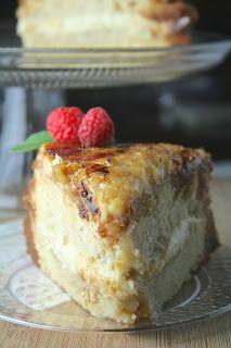 Oregon Transplant: Creme Brûlée Cake Just Desserts, Delicious Desserts, Yummy Food, Baking Desserts, Custard Desserts, Health Desserts, Sweet Recipes, Cake Recipes, Dessert Recipes