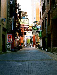 Enjoy everything Nashville has to offer - Travel Maple Leaf Tours