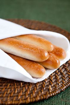 Olive Garden Breadsticks Copycat Recipe, making tomorrow!