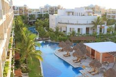 The Elephants honeymooned at the all-inclusive Excellence Playa Mujeres near Cancun Mexico