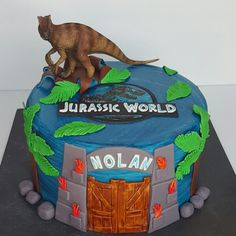 Jurassic world birthday cake.