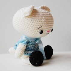 Important: Spanky the Cat pattern is available only in English language! This is a listing for amigurumi crochet pattern, not finished doll! The little cat is easy to make and if you like to experiment with different yarns and textures then youll end up making many of them. And yes, it will