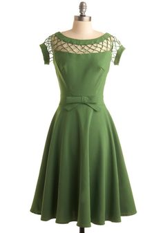 With Only a Wink Dress in Peridot /// I don't think I'd mind being June Cleaver if I could wear this all day.