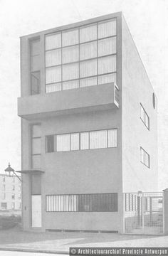 Le Corbusier, woning R. Guiette, Populierenlaan in Antwerpen (1926). photo credit: Architectuurarchief Provincie Antwerpen, found on the website: http://www.debalansvanbraem.be