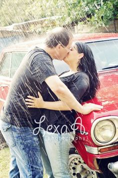 <3 Lexa A Photography... Love this one... Kissing in the Rain is the best... @Jennifer Mills