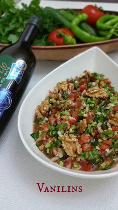 Gavurdağı Salatası  Gavurdağı Salatası Tarifi  Gavurdağı Salatası Yapılışı   Domates,biber ve salatalık üçlüsünün mevsimi geldi ya,bend...