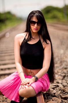 Hot marathi actress mrunmayee deshpande hosts marathi comedy sai lokur scores in kis kisko pyaar karoon with comedy ka badshah kapil sharma httpindianshowbizp100362 altavistaventures Choice Image