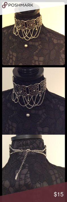Fashion Statement Choker Set Beautiful silver choker with black accents. Comes with silver ball earrings. Jewelry Necklaces