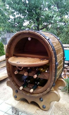 Crafty Projects, Table Furniture, Wine, Cool Stuff, Design, Home Decor, Riddling Rack, Woodworking, Arquitetura