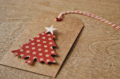 DIY christmas tree gift tags christmas gift tags kraft gift tags by oscar & ollie Christmas Tree With Gifts, Noel Christmas, Christmas Gift Wrapping, All Things Christmas, Handmade Christmas, Christmas Crafts, Christmas Decorations, Christmas Ornaments, Simple Christmas
