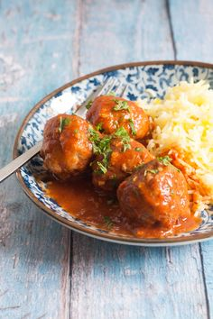 Keftedes (Greek Meatballs) in Spicy Tomato Sauce