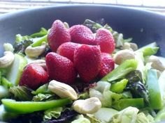 Apple, Strawberry, Lettuce, and Cashew Salad
