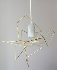 Concrete lamp with wire frame