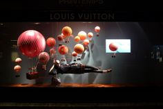 On the sea and in the air with Louis Vuitton visual merchandising Window Display Design, Shop Window Displays, Retail Displays, Shop Interior Design, Retail Design, Store Design, Louis Vuitton Paris, Vitrine Design, Retail Merchandising