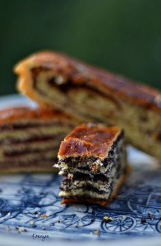 Gužvara> Inka Bread Recipes, Cookie Recipes, Dessert Recipes, Desserts, Dessert Ideas, Serbian Recipes, Serbian Food, Torte Recepti, Bread And Pastries