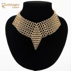 Cheap collier femme, Buy Quality zinc alloy directly from China alloy gold Suppliers: Hyperbole necklace collar woman zinc alloy gold/silver color female necklaces bijoux collares mujer collier femme Cheap Choker Necklace, Collar Necklace, Jewelry Necklaces, Pendant Necklace, Sleeping Beauty Costume, Gold Fashion, Metal Chain, Silver Color, Jewelry Accessories
