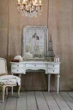 that little decorative Eiffel Tower had me completely sold on this quaint vanity dresser