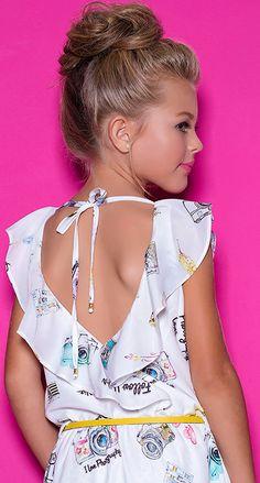 DIFORINI SS 2018 Frocks For Girls, Little Girl Dresses, Girls Dresses, Flower Girl Dresses, Toddler Dress, Baby Dress, Summer Girls, Kids Girls, Beautiful Little Girls