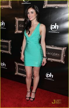 Lucy Hale Weight