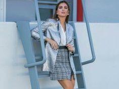 Η detox δίαιτα της Σταματίνας Τσιμτσιλή για μείον 4 κιλά σε μια εβδομάδα! Detox, Dresses For Work, Shirt Dress, Shirts, Fashion, Moda, Shirtdress, Fashion Styles, Dress Shirts