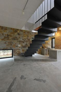 Gallery of Folded Roof House / TOOB STUDIO - 4
