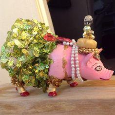 Custom Order for Carmen, Pig Cake Topper Girl, Circus Birthday, First Birthday Party, Baby Shower Girl, Zoo Party, Animal Cake Topper