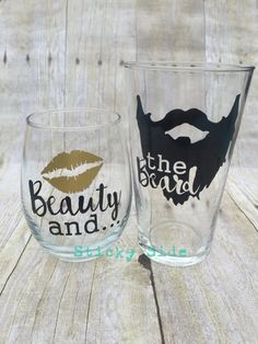 Wine Glasses - Beauty and the Beard Couple glass set Engagement glasses Wedding glasses Couples gift set Beard Beauty Wine Glass Sayings, Wine Glass Crafts, Wine Craft, Diy Wine Glasses, Glitter Glasses, Christmas Wine Glasses, Stemless Wine Glasses, Wedding Glasses, Silhouette Cameo Projects