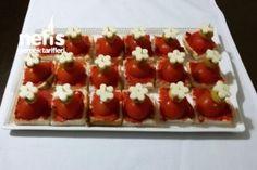 Kahvaltı Kanepesi - Nefis Yemek Tarifleri Platter Board, Bruschetta, Hot Dogs, Appetizers, Ethnic Recipes, Food, Boards, Food Food, Planks