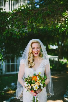 bridal hair - vintage waves with veil