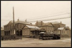 Kilda - North Carlton cable tram passes the original Melbourne Supreme Court Complex - cnr Russel and La Trobe Sts (demolished for Magistrate's Court) Melbourne Tram, Melbourne Suburbs, Melbourne Victoria, Victoria Australia, Old Pictures, Old Photos, World Images, Landscape Photos, Historical Photos