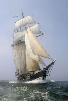 The Oosterschelde - Participating Tall Ships | International Fleet Review Sydney 3-11 October 2013