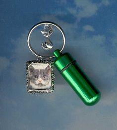 DS,Key Chain Urn,Pet Urn,Feline,Cat,Dog,Cremation Urn,Cremation Cylinder