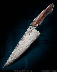 Chef's Knife by Jelle Hazenberg Cool Knives, Knives And Swords, Japanese Cooking Knives, Fancy Kitchens, Engraved Pocket Knives, Forged Knife, Best Pocket Knife, Knife Handles, Custom Knives