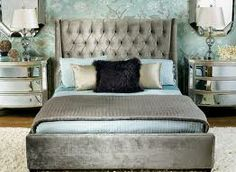 Google Image Result for http://homeklondike.com/wp-content/uploads/2011/04/1-traditional-glam-by-high-fashion-home.jpg