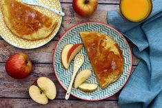 Today it's candlemaker, here is a different pancake recipe than the one traditionally found. A thick and airy pancake thanks to the addition of egg white, apples (or even pears), to prepare quickly and to share … Weight Warchers, Weight Watchers Breakfast, Ww Desserts, Omelette, Pancakes, Brunch, Sweets, Healthy Recipes, Fruit