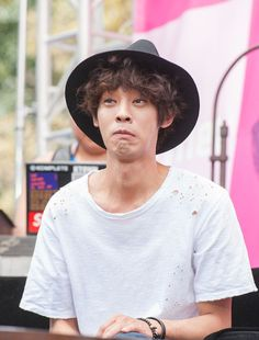 Jung Joon Young XD His expression! Jung Joon Young, Rp Ideas, Kpop, Asian Boys, Face Claims, Perfect Man, Rock Music, Pop Group, Kdrama