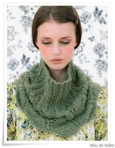 Knitted cowl - Louisa Harding
