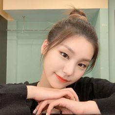 Kpop Girl Groups, Korean Girl Groups, Kpop Girls, K Pop, Programa Musical, Brown Eyed Girls, I Love Girls, Summer Baby, Ulzzang Girl