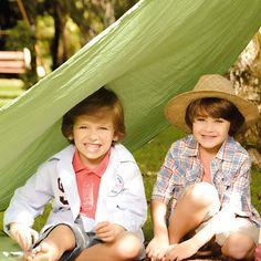 Up Kids oferece roupas contemporâneas, despojadas e elegantes para encher as crianças de estilo, tudo isso para as mamães deixarem as crianças ainda mais lindas. www.Dinda.com.br