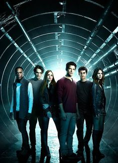 See the final cast photos for 'Teen Wolf' season 6 Stiles Teen Wolf, Teen Wolf Scott, Teen Wolf Stydia, Teen Wolf Boys, Teen Wolf Dylan, Teen Wolf Malia, Teen Wolf Mtv, Teen Tv, Teen Wolf Memes