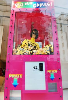 """Moschino London,close-up """"Fun&Games"""", pinned by Ton van der Veer"""