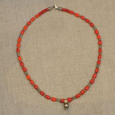 Schmuck aus antiken Perlen : Kette - Red Rosé | Casa Eurabia - Kunsthandwerk aus Marokko