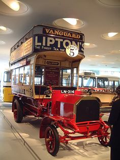 """1907 """"Milnes-Daimler"""" double-decker bus"""
