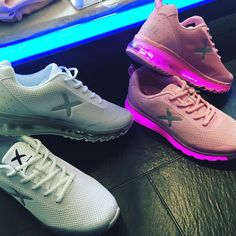 the light XRUN wize&ope #sneakersoftheday #lightup