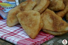 Instead make it with pastry dough and reconstituted dried peaches like Banchie use to make.