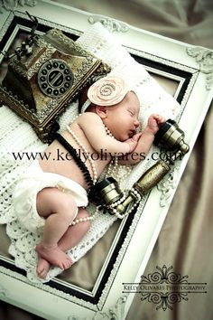 20+ Newborn Photo Ideas - Brittany Estes