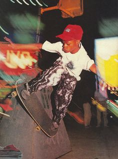 Skateboard Pictures, Skateboard Art, Pop Culture Shock, Youth Culture, Skate Photos, Flipper, Skate Shop, Skate Style, Photo Wall Collage