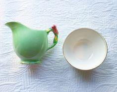 Charming Flower Handle 1930's Art Nouveau Green Royal Winton Creamer Jug and Sugar Bowl - Edit Listing - Etsy Art Nouveau, China Teapot, Cream And Sugar, Teapots, Country Life, Sugar Bowl, Shabby Chic, Etsy, Antiques